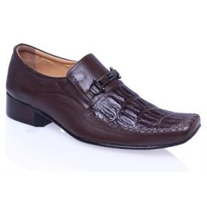 sepatu kulit pria asli di Bandung